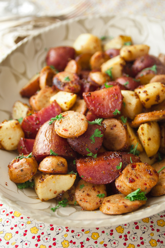 Oval bowl with Apple, Potato and sausage