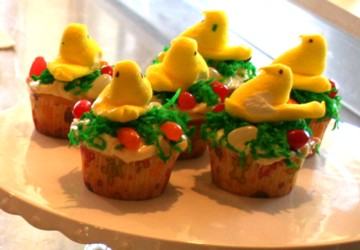 cupcakes with peeps nests