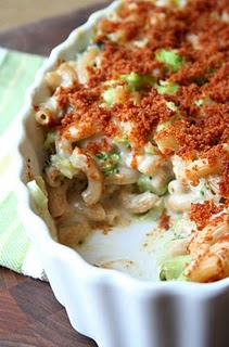 Macaroni & Cheese with Broccoli in a Fluted White Dish