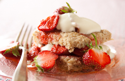 strawberry-rhubarb-shortcake
