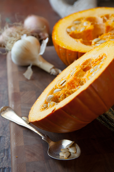 how to cook a pumpkin and make pumpkin puree