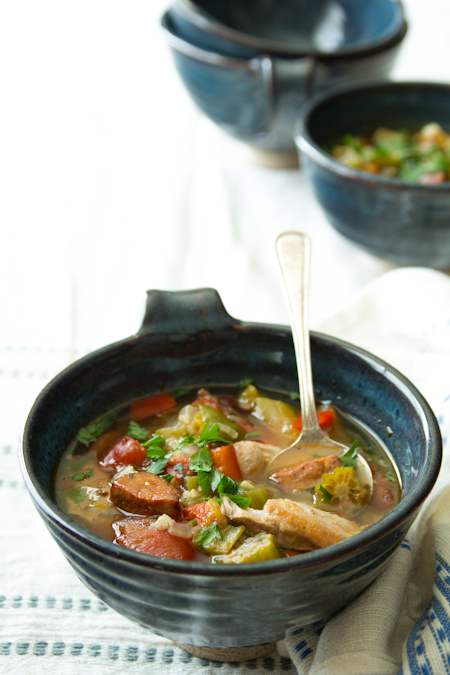 slow cooker chicken gumbo